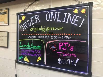 Pizzeria online ordering